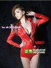 ชุดนักร้องสาวสีแดง
