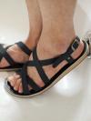 รองเท้าแตะสายไขว้รัดส้นสุดแนวแฟชั่นผู้ชายเกาหลีมี3สี