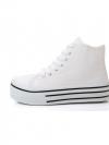 พร้อมส่ง / รองเท้าแฟชั่น นำเข้าจากจีน มีสีขาวหุ้มข้อ เบอร์ 38, 39