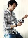 เสื้อเชิ้ตแขนยาวลายสก๊อตสีทูโทนแฟชั่นผู้ชายจากเกาหลี