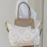 COACH Ashley Dotted Op Art North South Satchel 25183 สี Light Khaki Taupe