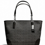 COACH MADISON EAST/WEST TOTE IN NEEDLEPOINT OP ART FABRIC # 26767 สี SILVER/BLACK