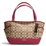 Coach  Park Signature Carrie Tote # 23297 สี Khaki /Black Cherry