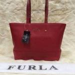 กระเป๋า FURLA ทรง Shopping มาใหม่ งานสวยเนี๊ยบ แบบแอนใช้ ขนาด 12 นิ้ว สีแดง