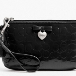 COACH EMBOSSED LIQUID GLOSS MEDIUM WRISTLET # 49562 สี SV/BLACK
