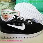 รองเท้าผ้าใบไนกี้ Nike ไซส์ 40-45 สีดำ