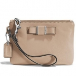 COACH DARCY BOW SAFFIANO LEATHER SMALL WRISTLET/BAG # 51672 สี SILVER/SAND