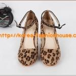 [พร้อมส่ง]SH10รองเท้าแฟชั่นเกาหลี ลายเสือ ส้นเหลี่ยม มีสายรัดข้อเท้า เดินง่าย  ไซส์38