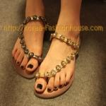 [พร้อมส่ง] รองเท้าแตะ ประดับเพชร แบบสวมนิ้วโป้งสีเงิืน ไซส์ 39#40#
