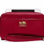 COACH MADISON PATENT UNIVERSAL CASE # 61946 สี BRASS/CRIMSON