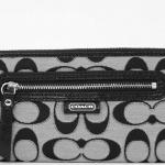 Coach Daisy Outline Signature Metallic Zip Around Wallet # 50113 สี Black
