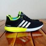 [ พร้อมส่ง ] รองเท้าผ้าใบ Adidas เบอร์ 40-44