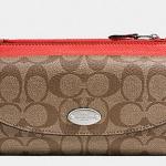 Coach Sign PVC Slim Envelope Wallet/Pouch # 52601 สี SILVER/KHAKI/CORAL
