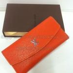 กระเป๋าสตางค์   Louis Vuitton  แบบ 3 พับ  ขนาด  4x7.5  นิ้ว  สีส้ม