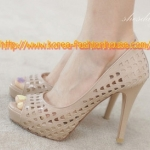 [พร้อมส่ง] รองเท้าส้นสูง สีชมพูนู้ด เจาะรูๆดีไซน์เก๋ๆ ไซส์ 38#39#