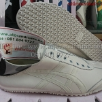 รองเท้า Onitsuka Tiger Slip On size 37-45