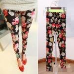 """""""พร้อมส่ง""""เสื้อผ้าแฟชั่นสไตล์เกาหลีราคาถูก กางเกงเลกกิ้ง พื้นดำลายดอก ผ้าเนื้อดีค่ะ"""