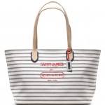 Coach legacy weekend saint james yarn dyed medium zip top tote # 23484 สี Multicolor
