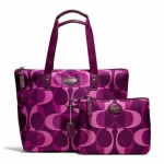 COACH Getaway Dream C Small Packable Tote # 77456 สี  Berry