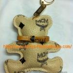 [พร้อมส่ง] พวงกุญแจ mcm สีครีม รูปหมีั ปั๊ม MCM
