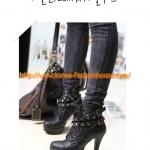 [พร้อมส่ง] รองเท้าบูธหุ้มข้อ สีดำ ส้นสูง มีสายเหมือนเข็มขัดรัด ใส่กับสกินนี่แล้วสวยค่ะ38#