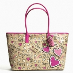Coach 23775 POPPY COATED CANVAS GRAFFITI TOTE #  23775 สี SV/KHAKI /PINK