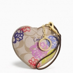 COACH DAISY APPLIQUE HEART COIN PURSE # 62349 สี BRASS/MULTICOLOR