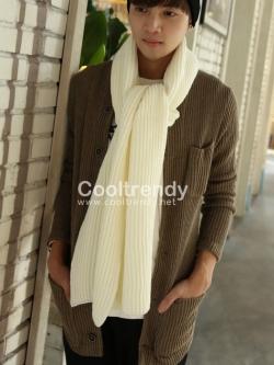 ผ้าพันคอผู้ชาย Man scarf ไหมพรมถักลายทาง สีครีม 180 x 25 cm