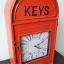 นาฬิกาเก๋ๆแขวนได้ตั้งโต๊ะได้ ดีไซน์รูป ตู้ ปณ สีแดง thumbnail 1