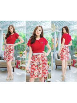 M,L,XL, 3XL ,5XL ชุดเดรส-ชุดเดรสไซส์ใหญ่ เสื้อผ้าชีฟอง สีแดง คอจับจีบ ขอบเอวแต่งสีขาว กระโปรง ผ้า Hanako