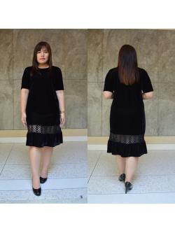 ชุดเดรสสี ผ้า กำมะหยี่ สีดำ ชายกระโปรงตัดต่อผ้าลูกไม้ ใส่เป็นทรงสวย แขนลูกไม้ระบาย N102