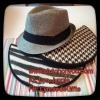 Black&white Clutches with chic grey hats มิกซ์แอนด์แมทช์กระเป๋าคลัทช์ Clutch on You และหมวกสุดคูล