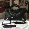 Balenciaga Metallic Edge City Bag สีดำ
