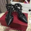 Valentino shoes rock stud สีดำ Hiend 1:1