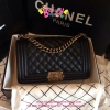 Chanel Boy Carvier Leather สีดำ