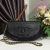 Chanel half moon bag สีดำ งานHiend