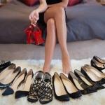 รองเท้ามือ 2