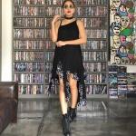 vintage dress : เดรสวินเทจ สีดำสนิท ที่สุดของความฟรุ๊งฟริ๊งและความเก๋ๆ แพทเทิร์นไหล่เบี่ยงหน้า/หลัง