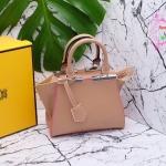 กระเป๋า Fashion นำเข้าเกาหลี แบบเหมือนของ Fendiรุ่น Jours mini