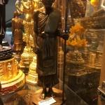 พระบูชา หลวงปู่ศุขยืน ขนาด 5 นิ้ว สูง 12 นิ้ว สร้าง 1999 องค์ เนื้อสายชนวน