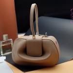 กระเป๋า Fashion งานเกาหลี สีครีม งานสวยเนี๊ยบ