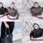 กระเป๋า Fashion งานเกาหลี แบบของValentino งานสวยเนี๊ยบ