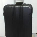กระเป๋าเดินทางไฟเบอร์ น้ำหนักเบา ขนาด 20 นิ้ว สีดำล้วน