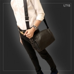 LT15 กระเป๋าสะพายข้าง หนัง PU สีดำ