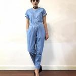 Vintage jumpsuit : จั๊มสูทวินเทจแขนสั้น คอกลม สียีนส์อ่อน จั๊มเอวหลัง ผ้ายีนส์ไม่แข็งนะคะ