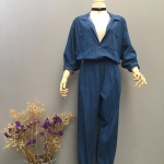 Vintage jumpsuit : จั๊มสูทยีนส์ สีเข้ม แพทเทิน์นแขนในตัวเอวจั๊ม ผ้ายีนส์เนื้อนิ่มไม่หนา