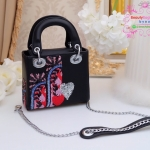 กระเป๋า Fashion งานเกาหลี คล้ายแบบของ Dior mini