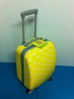 กระเป๋าเดินทางใบเล็ก 16 นิ้ว 4 ล้อ สีเหลือง