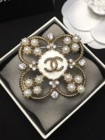 Chanel Brooch เพชรประดับมุก
