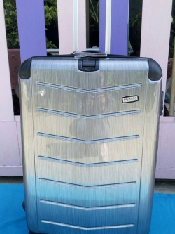 กระเป๋าเดินทางยี่ห้อ Ricardo ขนาด 29 นิ้ว รุ่น Rodeo Drive สีบรอนซ์